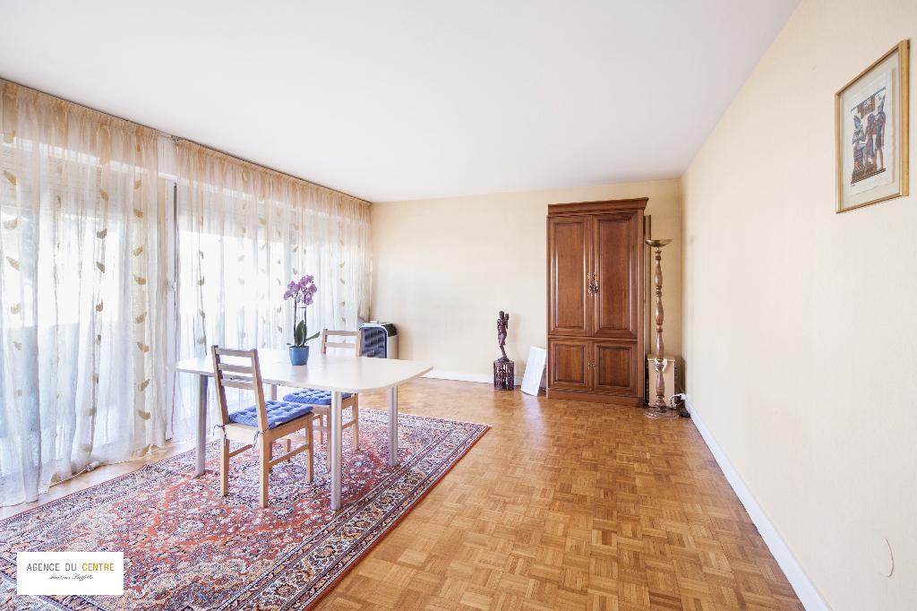 A vendre maisons laffitte le mesnil le roi sartrouville for Appartement maison laffitte